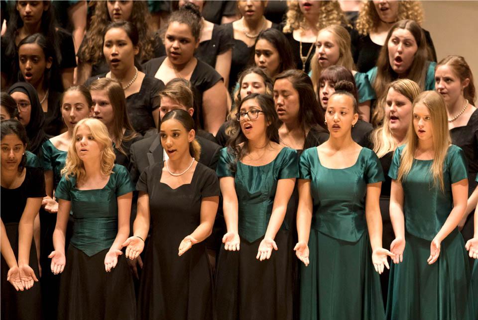 choir_girls